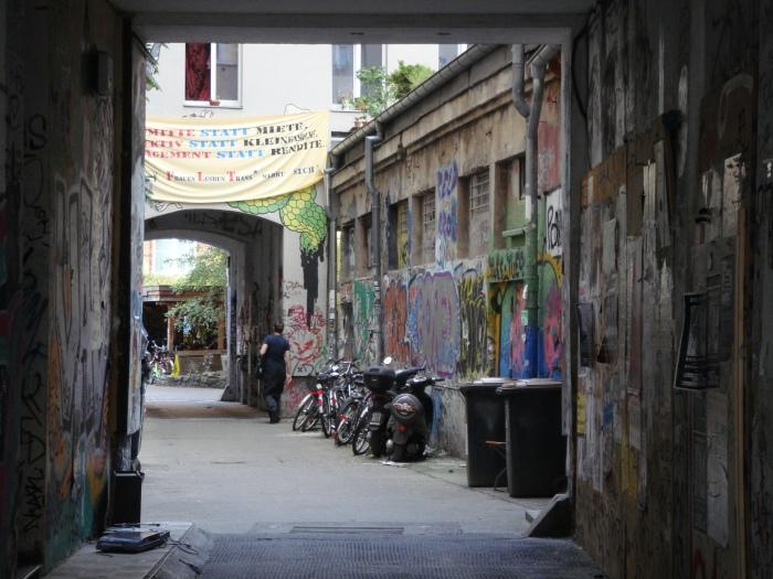 Brunnenstrasse Graffitti 2