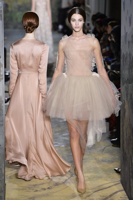 Which one is the chiffon and which one the chignon?